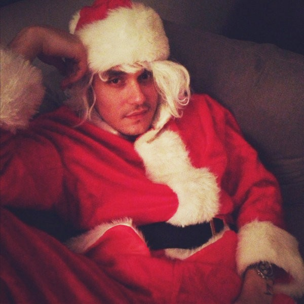 Katy Perry dressed her ex-man John Mayer as a super sexy Santa.
