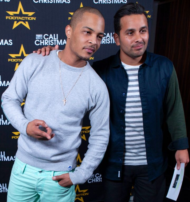 T.I. and Mando hit up the Cali Christmas concert red carpet.