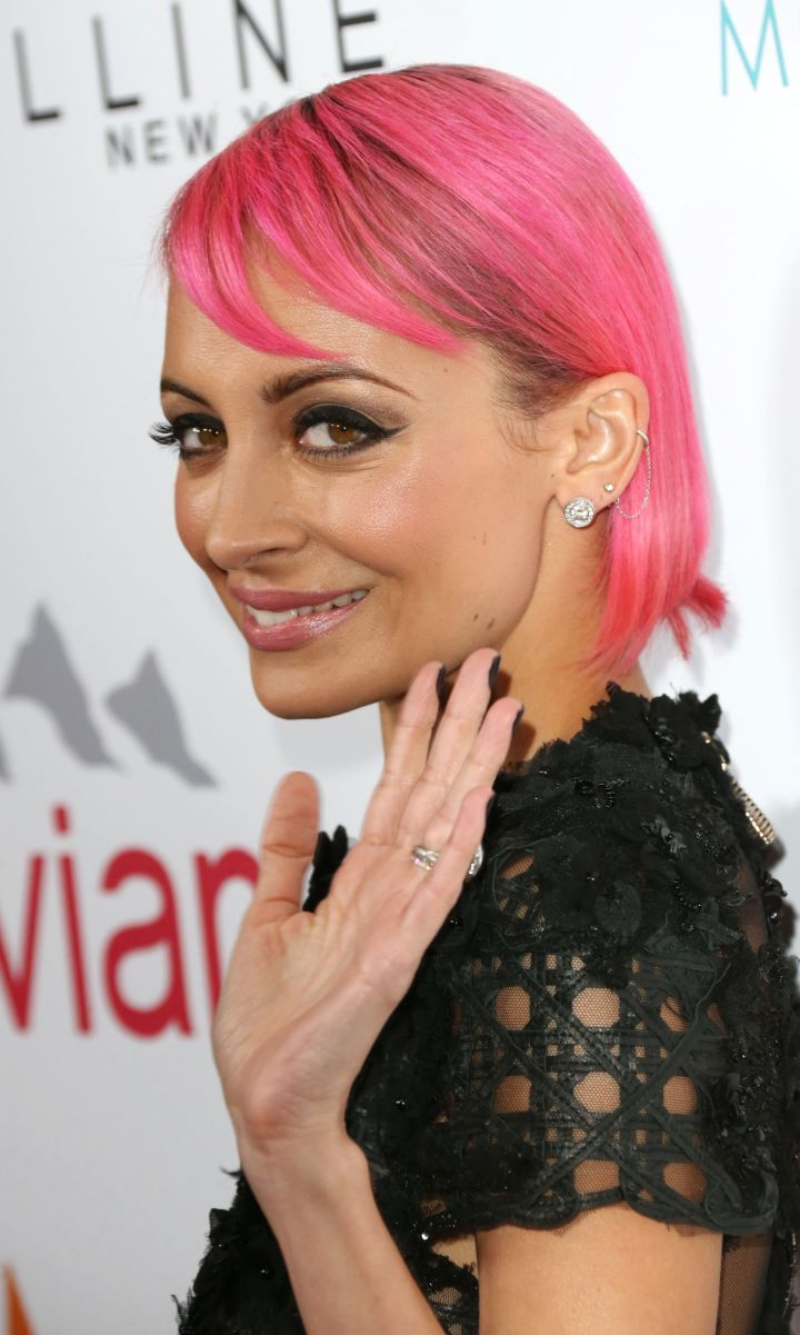 Nicole Richie debuted a new colorful 'do.