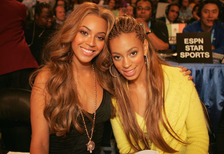 Solange accompanies her sis to the NBA All Stars back in 2005.