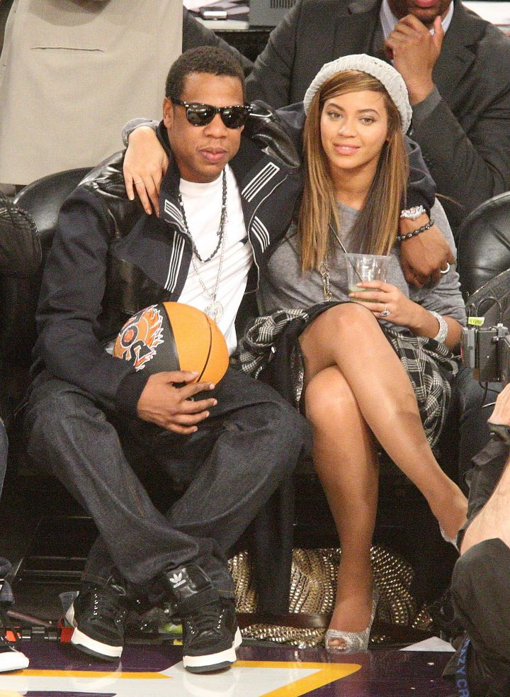 Jay and Bey look so young at an NBA All Stars game in '09.