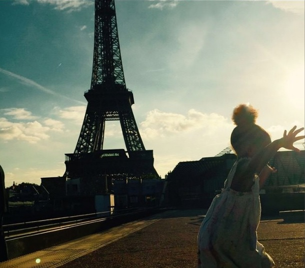 Presenting Miss Blue Ivy Carter – featuring the Eiffel Tower.