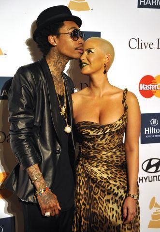 Rapper Wiz Khalifa and Amber Rose pose u