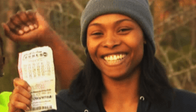 Single Mother Of 4 Wins $127 Million Powerball
