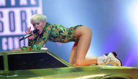 Miley Cyrus In Concert - Las Vegas, NV