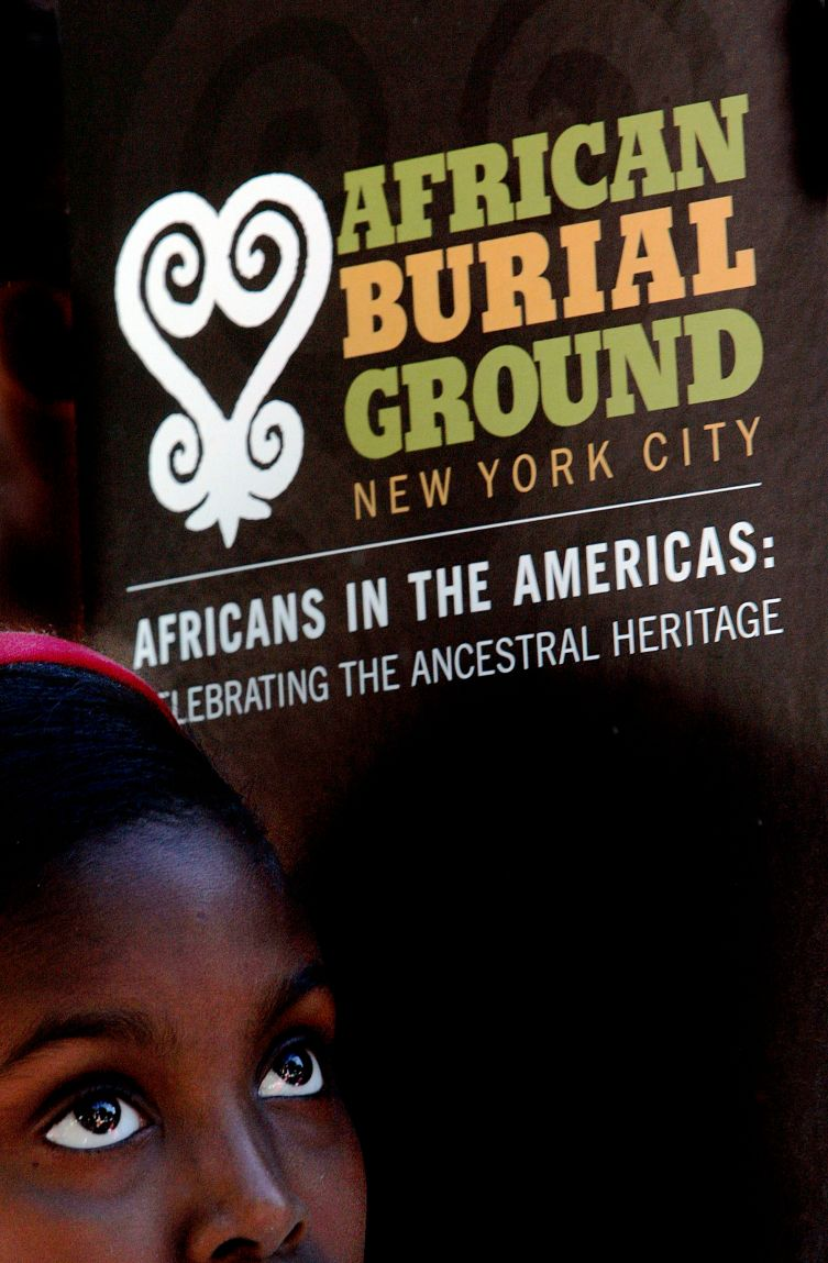 New Yorkers Pay Tribute To African Burial Ground