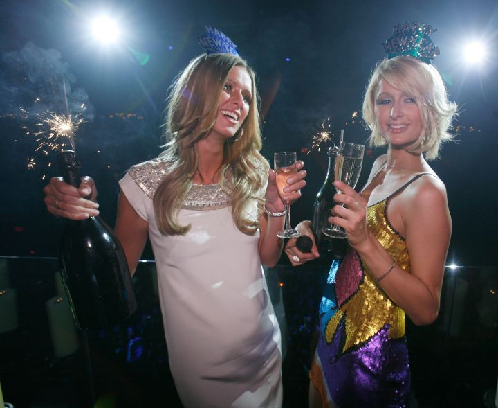 Paris and Nicky Hilton partied with a few glasses of wine.