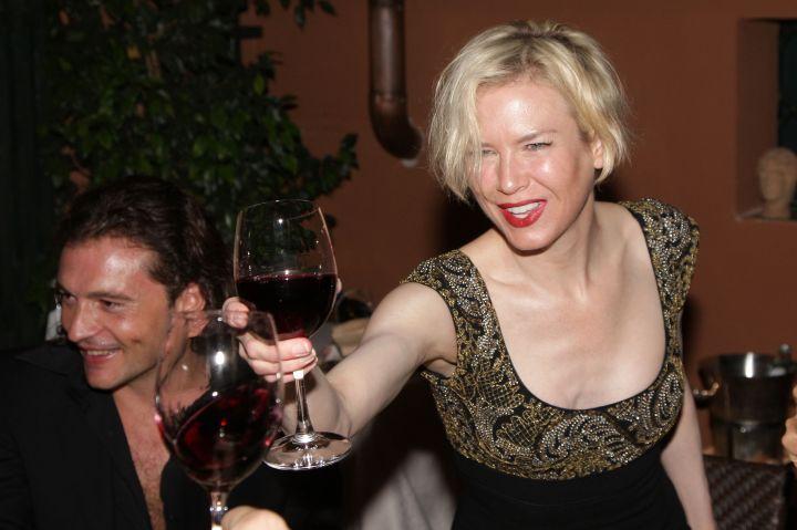 Renee Zellweger, cheers!