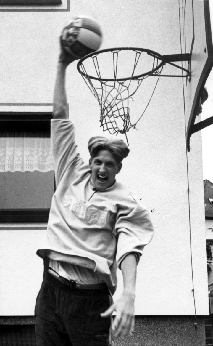 Goofy Dirk at his parents' house in Wurzburg, Germany, 1996.