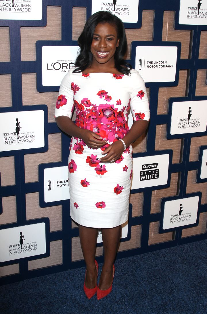 Uzo Aduba is all smiles as she poses for the photogs.