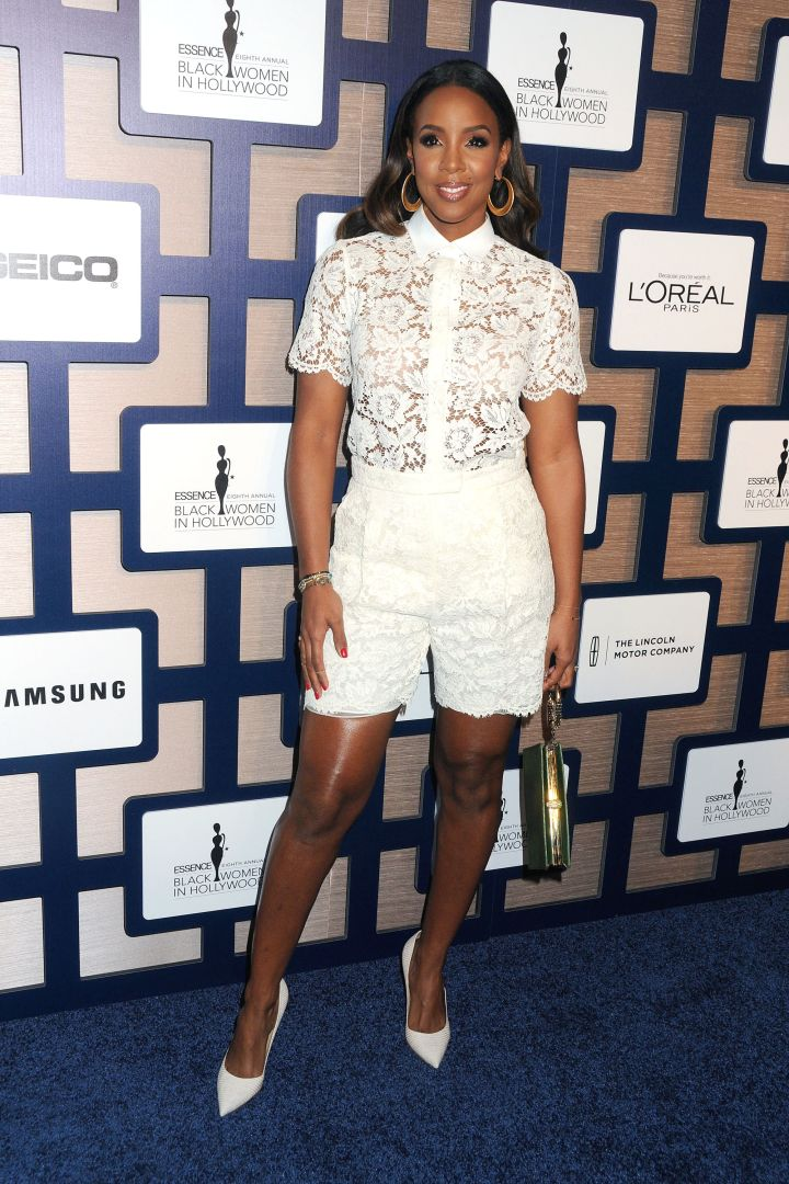 Kelly Rowland made her first public appearance since giving birth and she looked heavenly in all white.