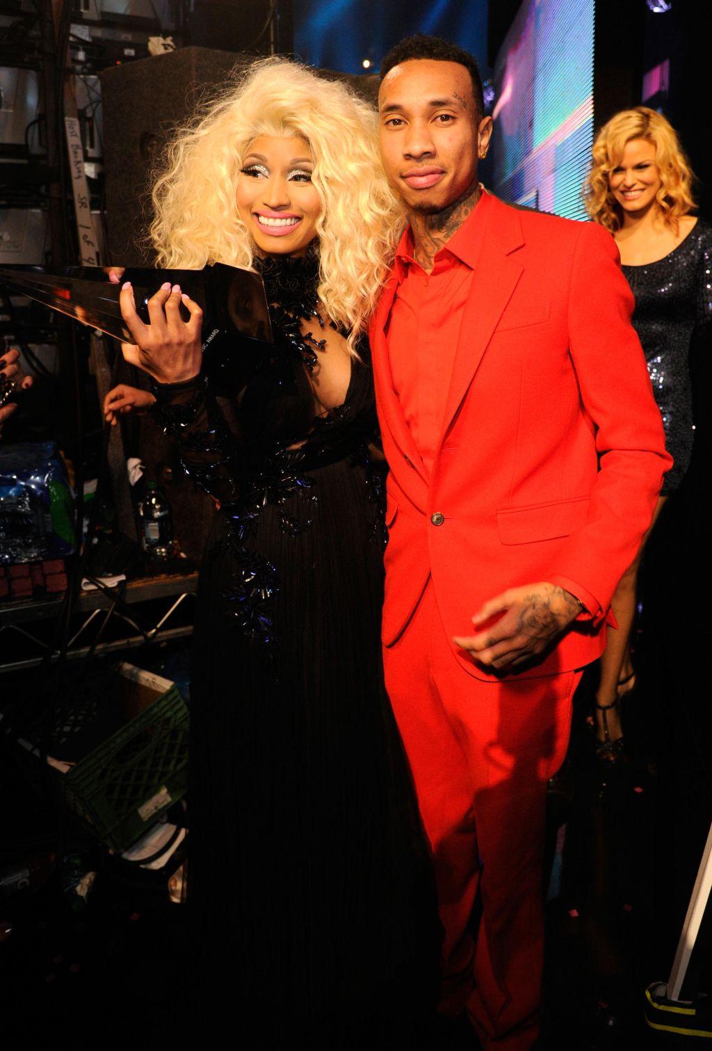Nicki Minaj Tyga AMA's