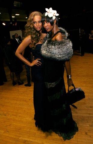 Tyra Banks and Naomi Campbell
