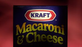 Kraft Foods Raises $8.48 Billion in Year''s Biggest IPO