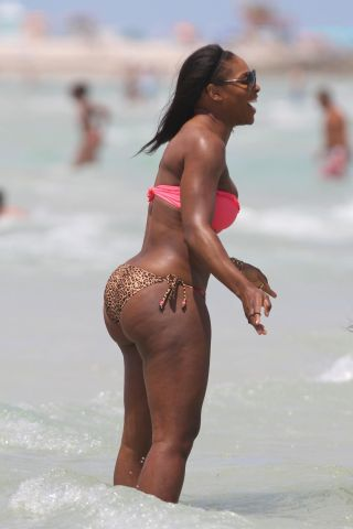 Serena Williams at the beach in a pink and leopard bikini in Miami