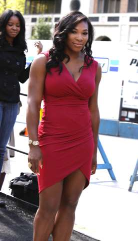 """Serena Williams leaving """"Michael Kors"""" show in NYC"""