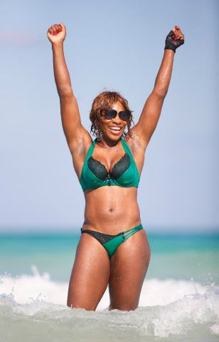 Serena Williams goes to the Beach in Miami