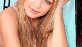 Gigi Hadid Victoria's Secret PINK