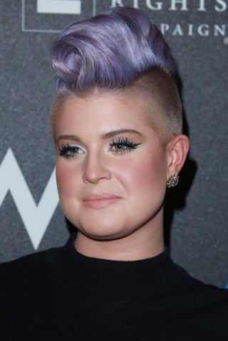 chris brown purple hair