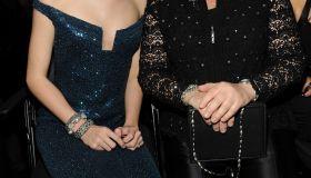 Taylor Swift & Her Mom 2010 Grammy's