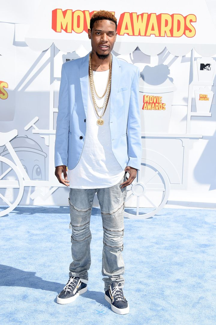 Fetty Wap threw a blazer over his white tee for the occasion.