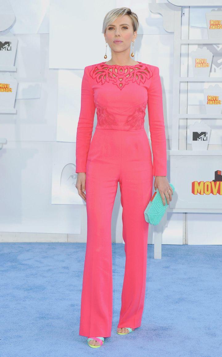 Scarlett Johansson was pretty in pink.
