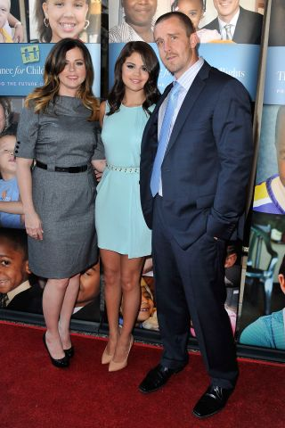 Selena Gomez & parents at Alliance For Children's Rights 3rd Annual Celebrity Right To Laugh event