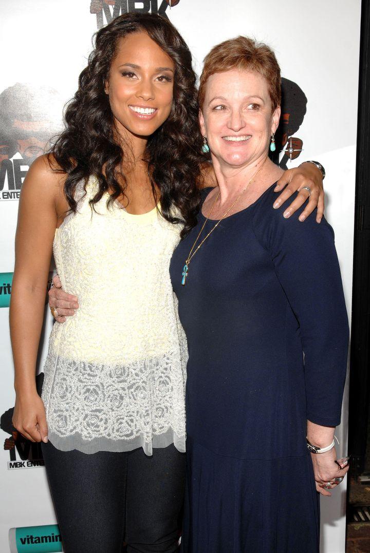 Alicia Keys and her mom, Terria Joseph, look as beautiful as ever.