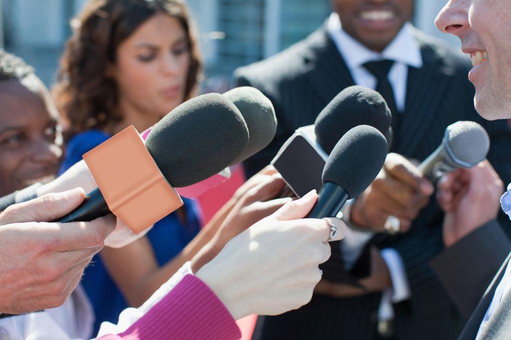 news microphones