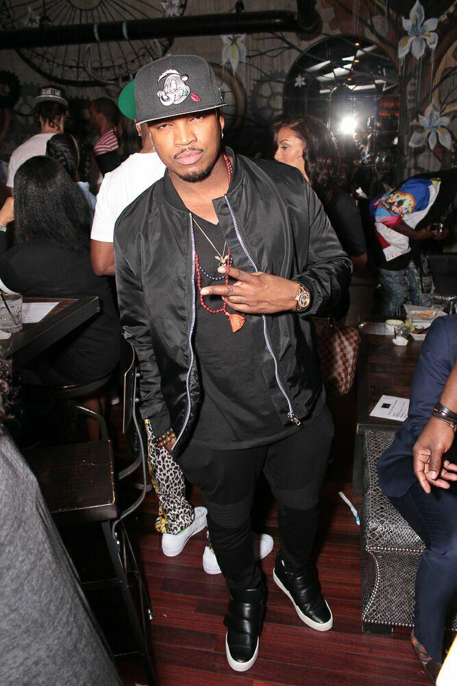 Ne-Yo kept things low key for the event.