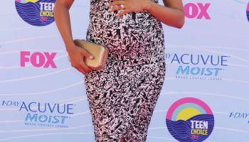 2012 Teen Choice Awards - Arrivals