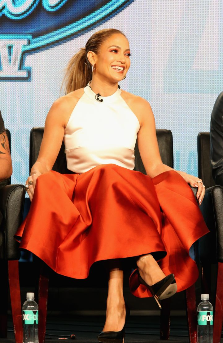 """Jennifer Lopez (Nov. 1, 2009) """"@KimKardashian @RyanSeacrest U got me curious.Rehearsing 4 AMAs, in the studio and shooting a movie! I'll do my best with this twitter thing."""""""