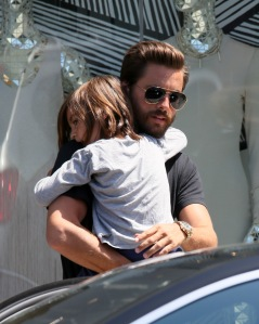 Khloe Kardashian, Kourtney Kardashian, Scott Disick shop at DASH