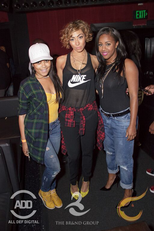 Bridget Kelly posed with beauties Mia Campbell and Miss Diddy.