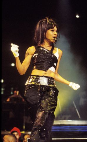 Lisa 'Left Eye' Lopes of TLC Killed in Car Accident in Honduras - File Photos