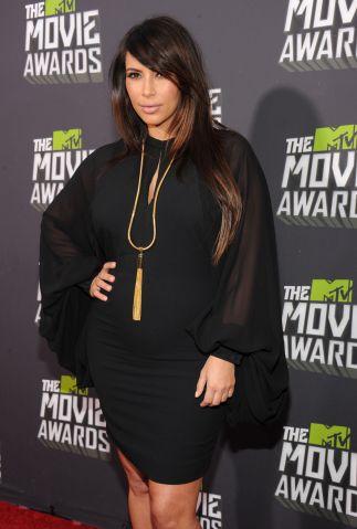 Kim Kardashian pregnant - 2013 MTV Movie Awards