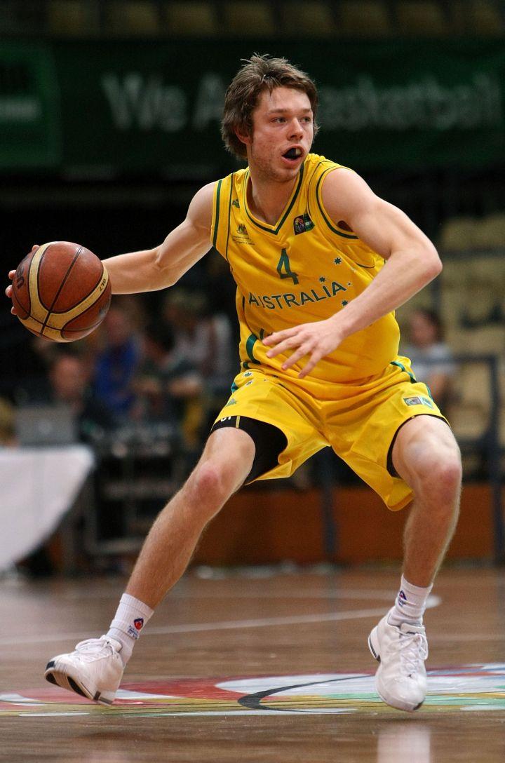 Matthew Dellavedova hitting the court as a young baller.