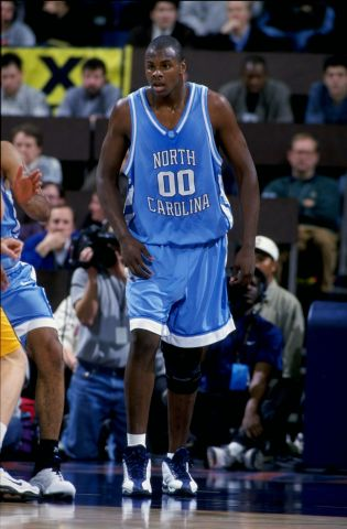 Brendan Haywood playing for North Carolina