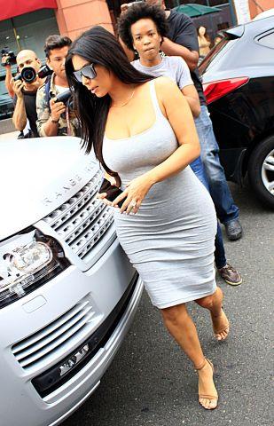 pregnant Kim Kardashian leaving Beverly Hills salon