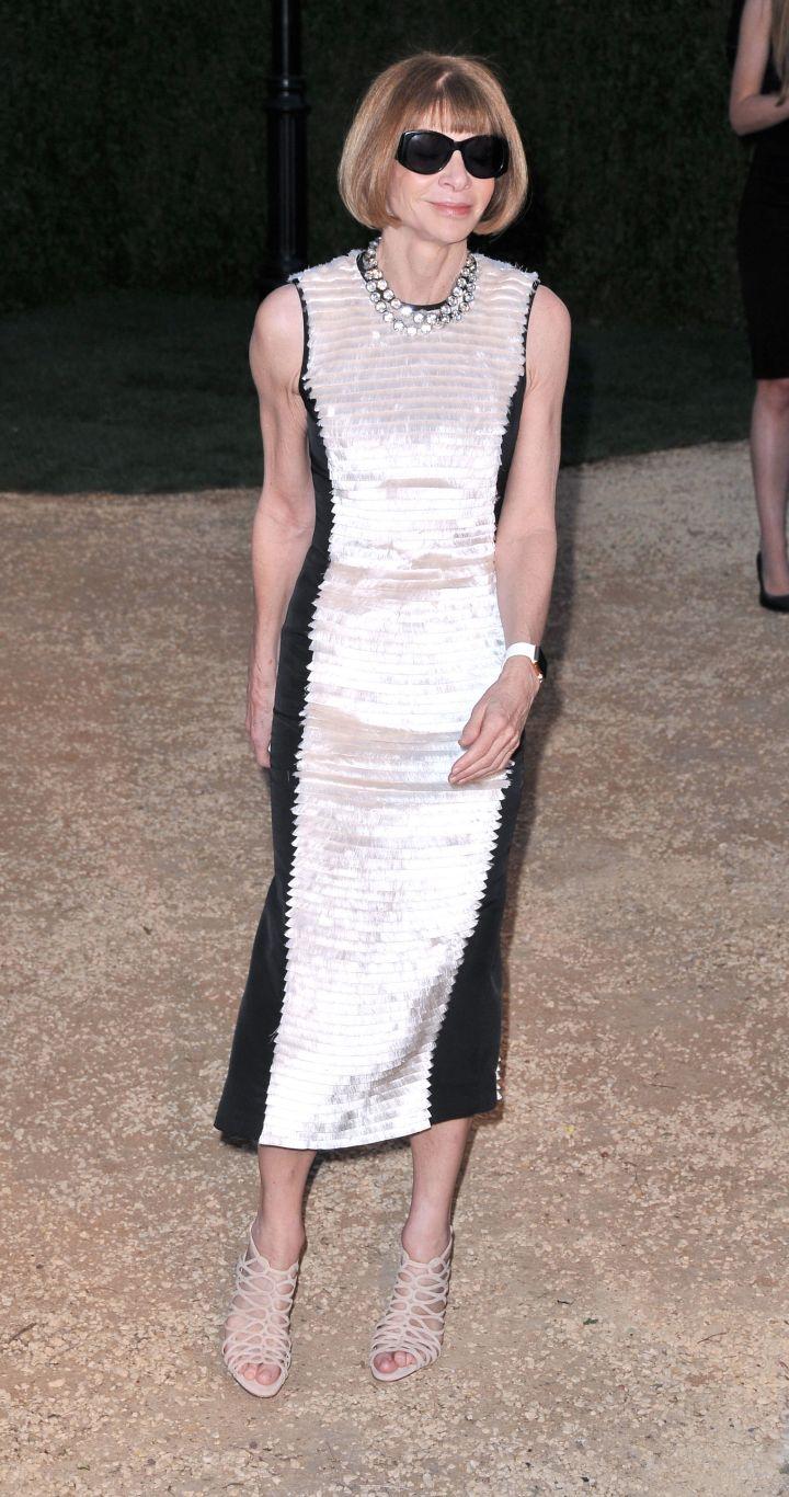 Later, she rocks the Apple Watch to London Fashion Week.