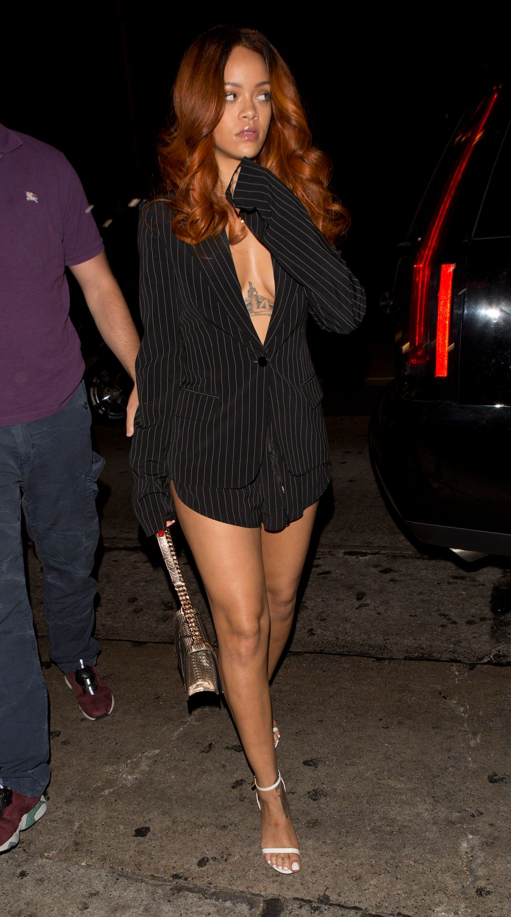 Rihanna seen arriving at the same nightclub Chris Brown is in