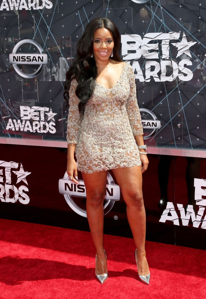 Angela Simmons graced the carpet in a mini dress.