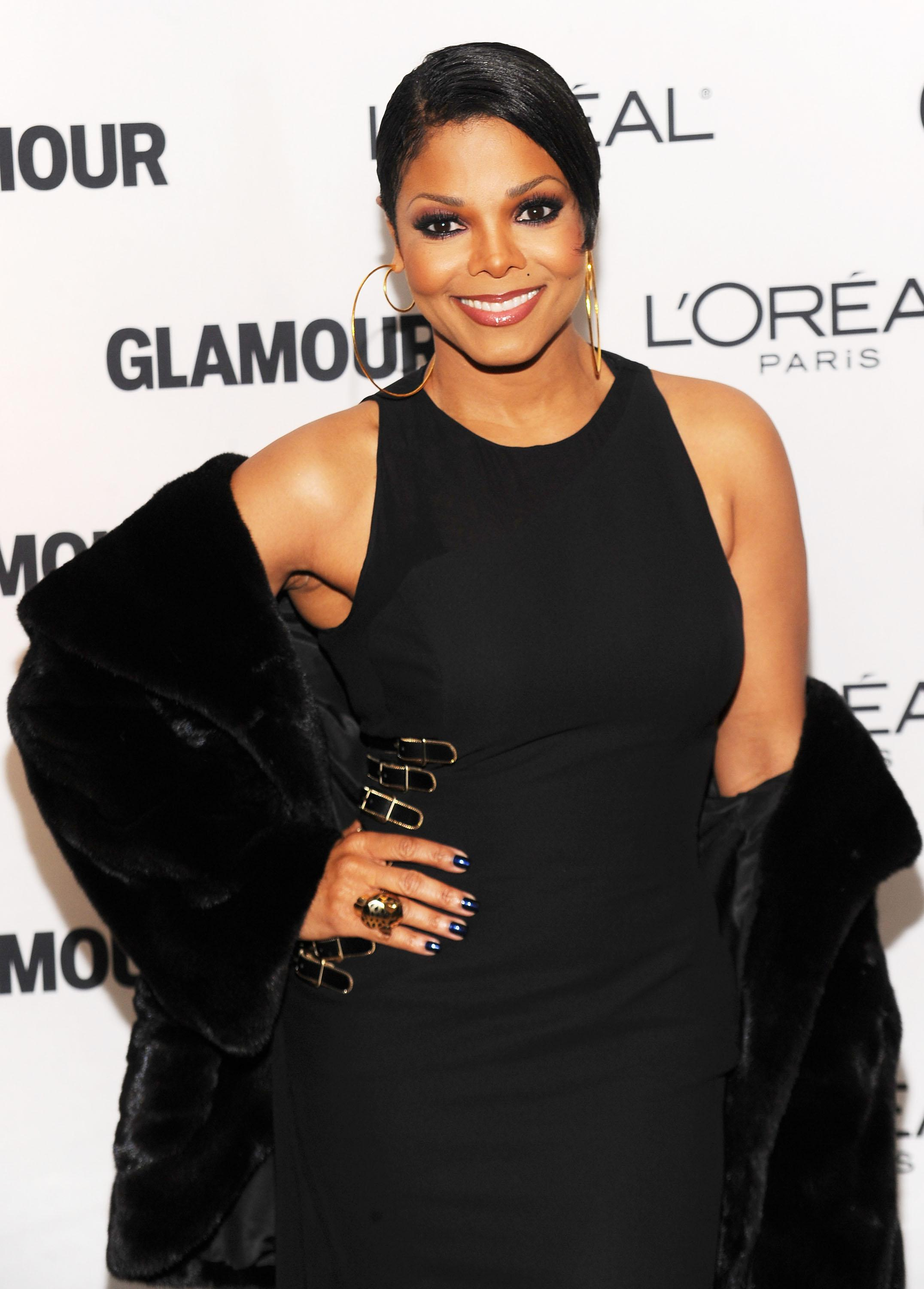 Glamour Magazine Honors The 2010 Women Of The Year - Red Carpet