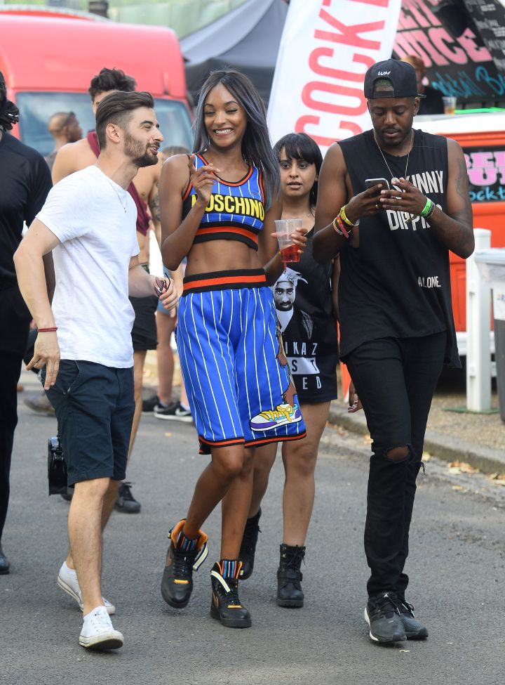 Jourdan Dunn showed off her model abs at the Wireless Festival.