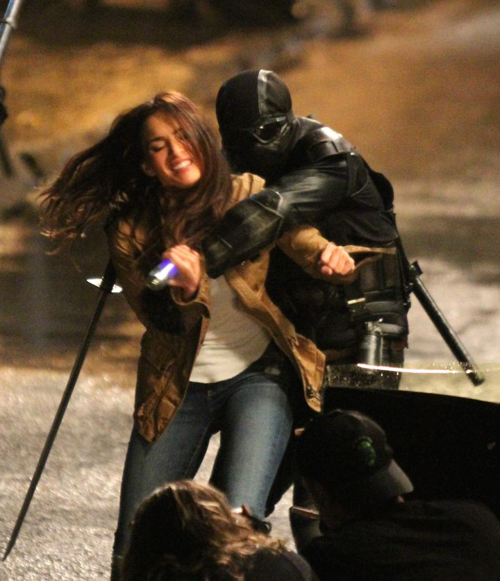 "Megan Fox got attacked by a foot soldier as she filmed a scene on the ""Teenage Mutant Ninja Turtles 2″ movie set in Downtown, Manhattan."