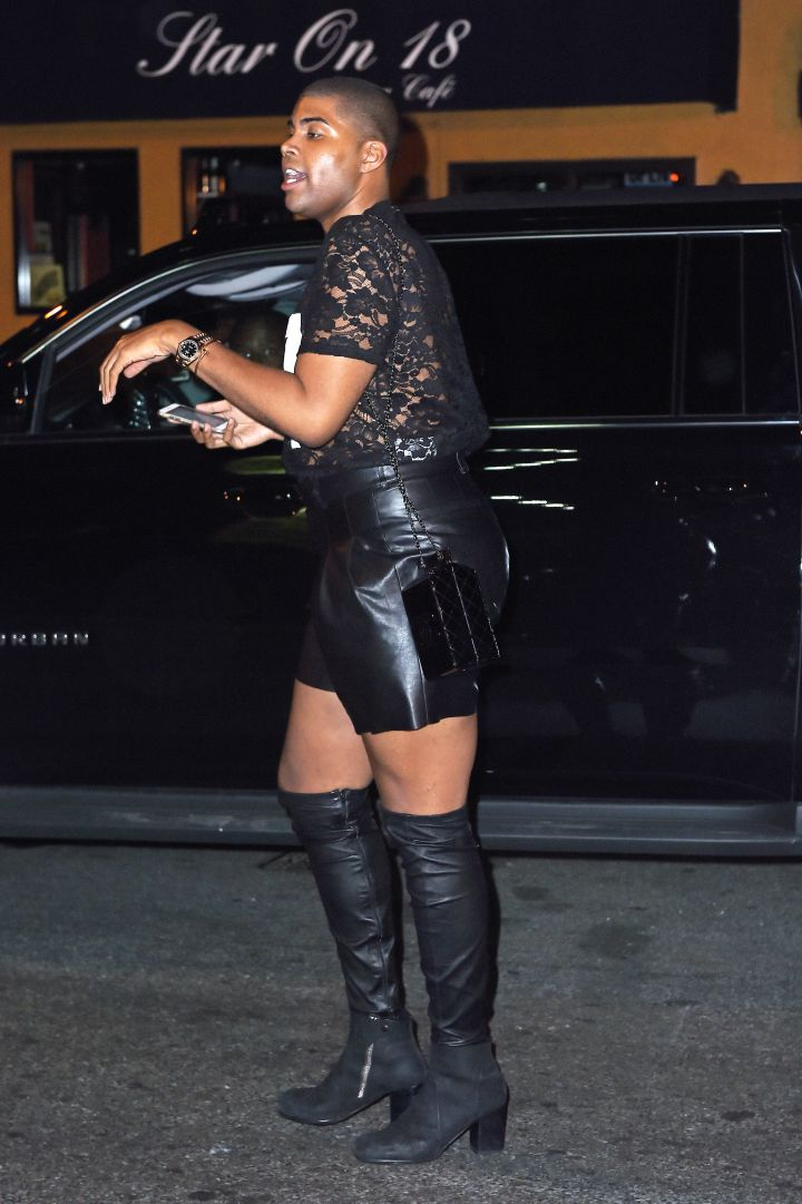 "EJ Johnson was spotted hitting the town with friends at the 'Avenue"" night club in NYC."
