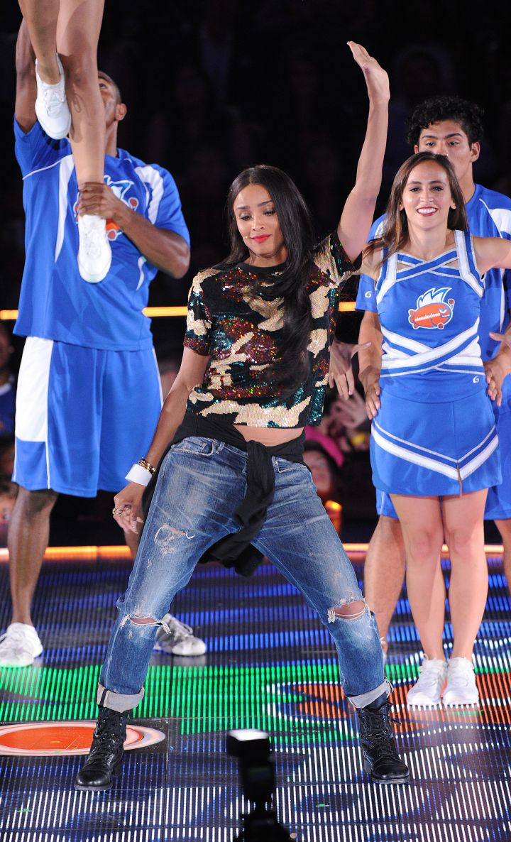 Ciara took the stage and got down at the Nickelodeon Kids Choice Sports Awards 2015