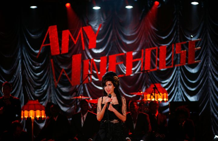 Amy performs for the 50th Grammy Awards ceremony via video link in 2008.