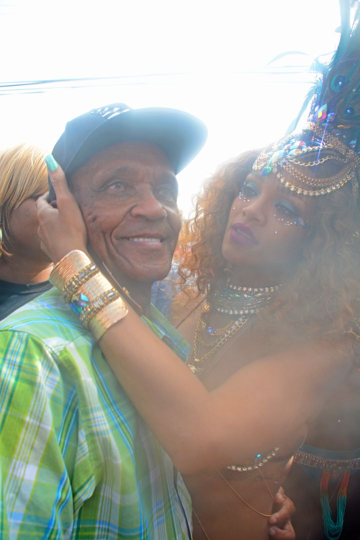 "Rihanna & Her ""Grandfava"""