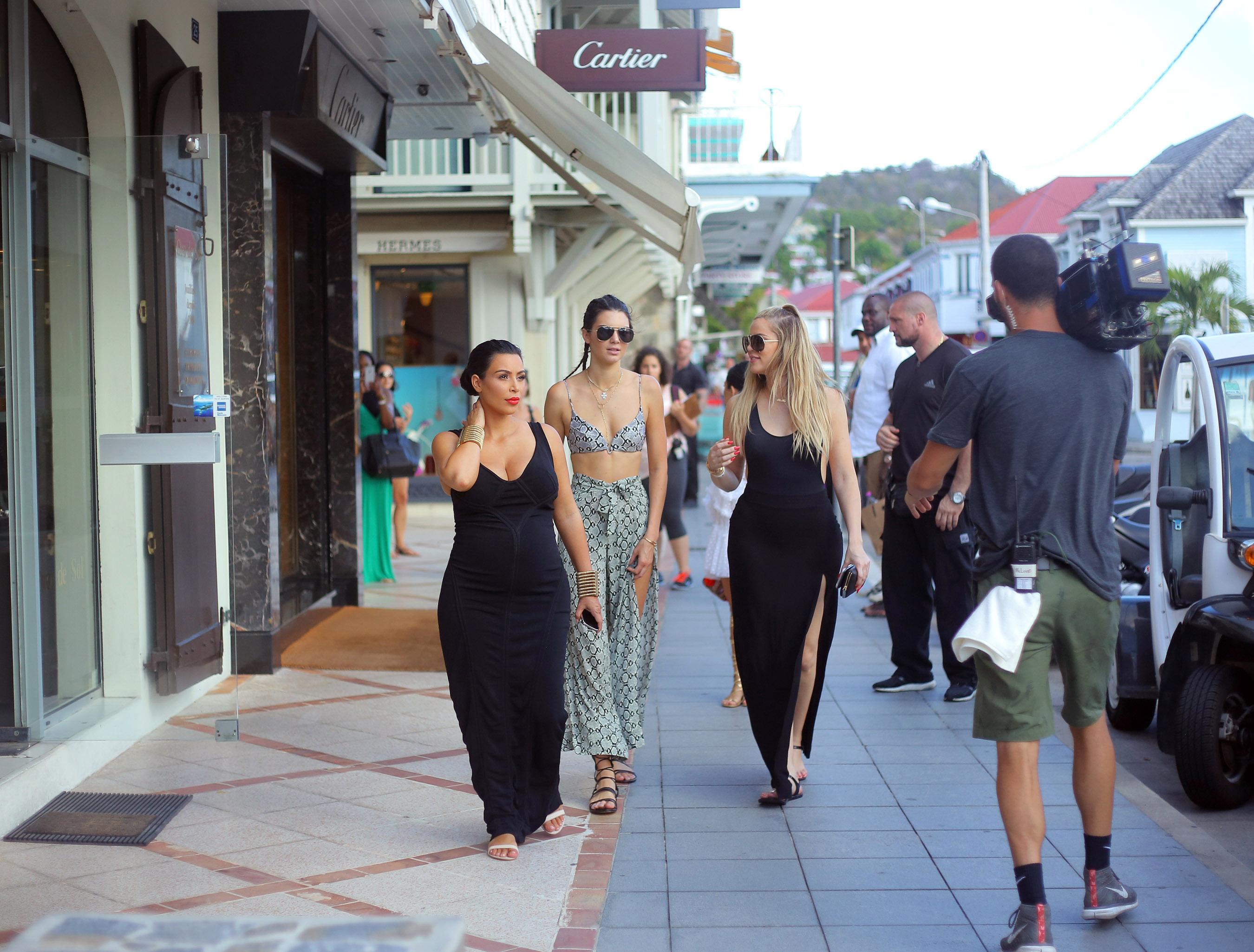 Kim Kardashian, Kendall Jenner, Kourtney Kardashian, Khloe Kardashian in St. Barts
